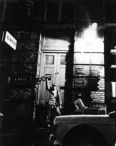 "nuncalosabre.David Bowie's ""Ziggy Stardust"" Photosession - Brian Ward, 1972"