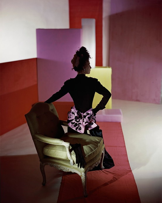 Maison Schiaparelli | Dinner suit and headdress Schiaparelli, 1947, Horst P. Horst | nuncalosabre | arte | fashion