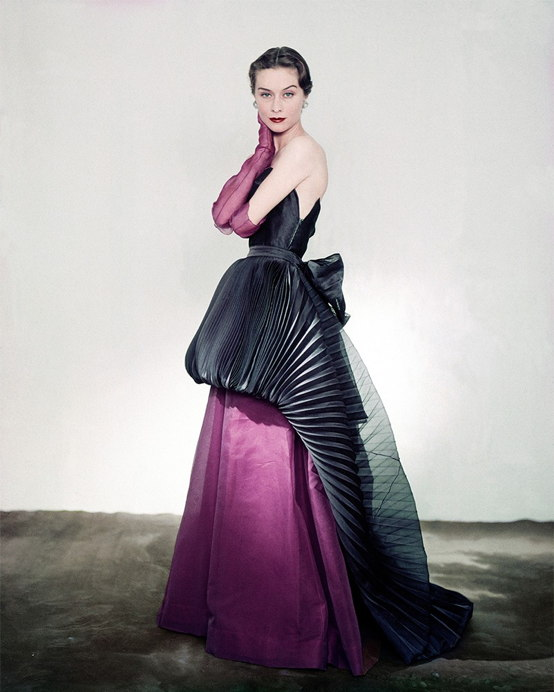 Maison Schiaparelli | Schiaparelli pleated evening gown, 1951, Horst P.Horst | nuncalosabre | arte | fashion